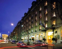 Royal Hotel Paris Champs-Elysees